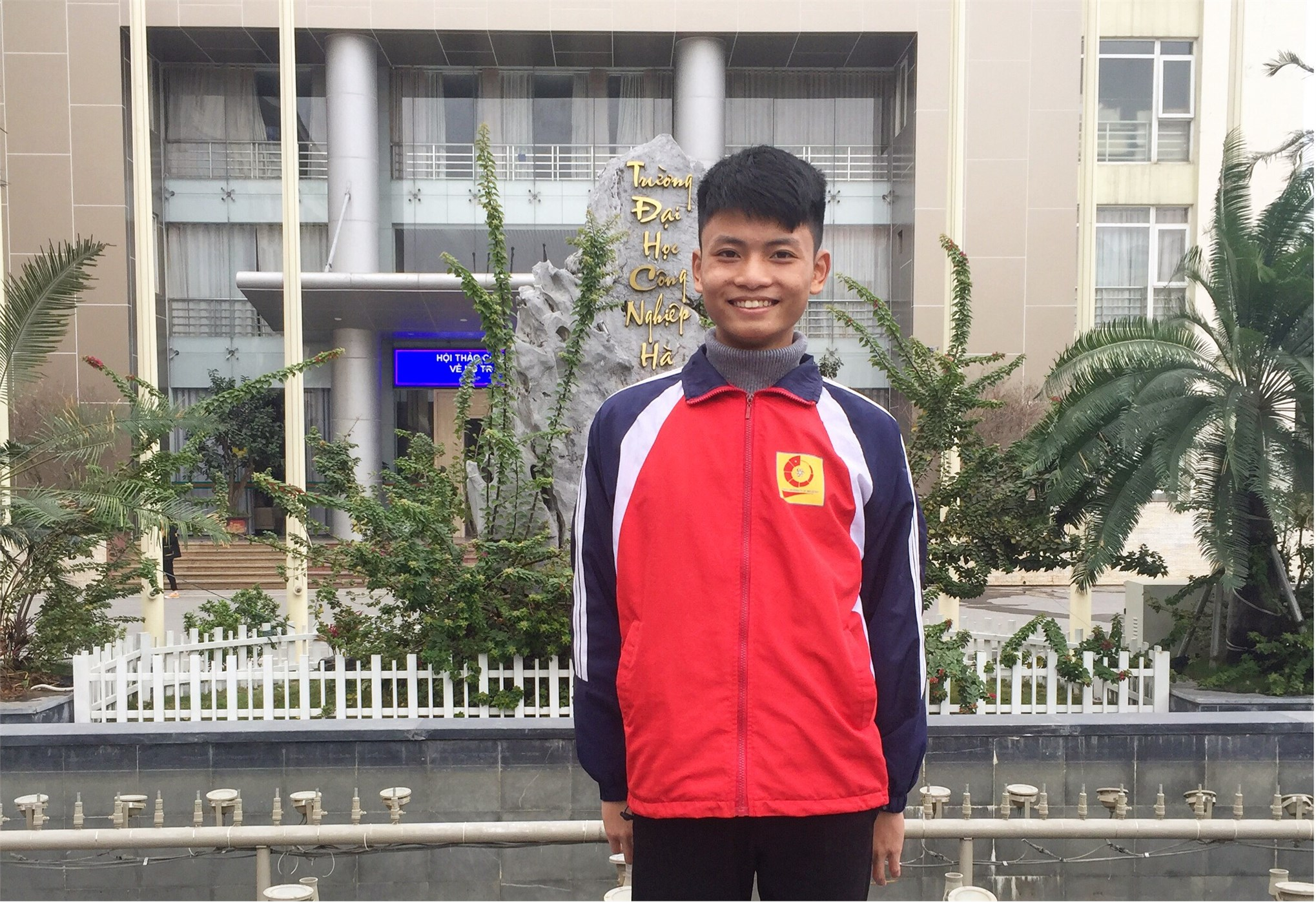 Nét đẹp Sinh viên Đại học Công nghiệp Hà Nội