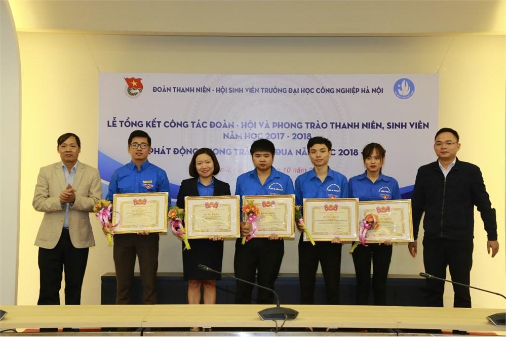 Lễ tổng kết công tác Đoàn - Hội và phong trào thanh niên, sinh viên năm học 2017 - 2018, phát động thi đua năm học 2018 – 2019